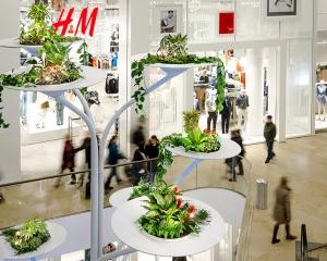 Arbre porte végétaux Centre Commercial MINTO - Allemagne